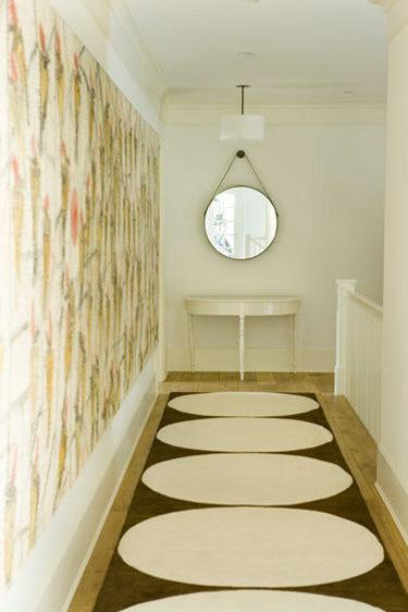 крыглые формы в коридоре - ремонт в узком коридоре