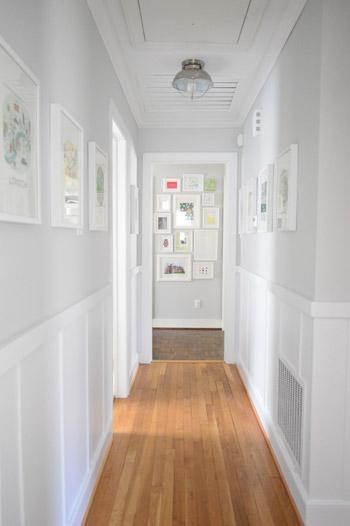 рельефные панели в коридоре 2