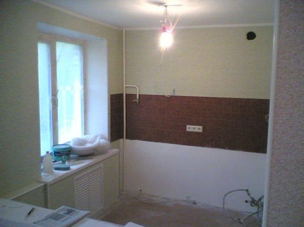 отделка заделанного окна со стороны кухни.jpg
