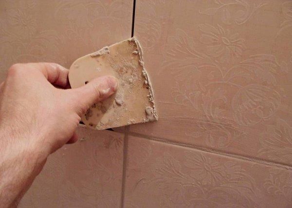 отделка со стороны ванной комнаты.jpg