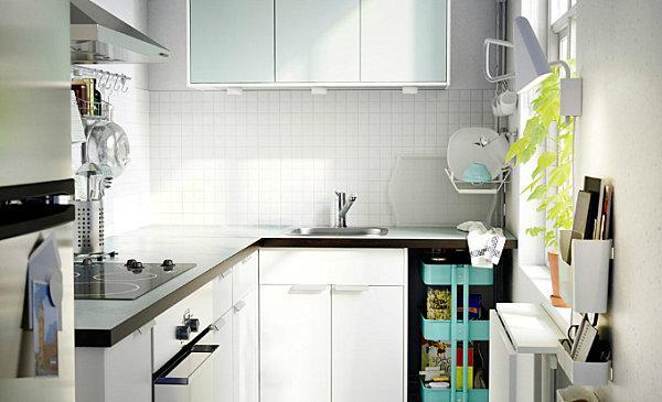 белые стены в скандинавской кухне.jpg