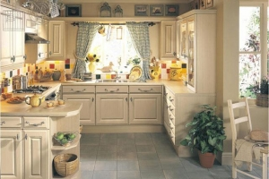 римские шторы на кухне прованс