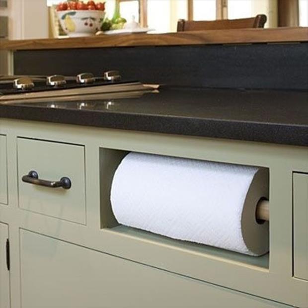 держатель бумажного полотенца в кухне.лайфхаки для кухни