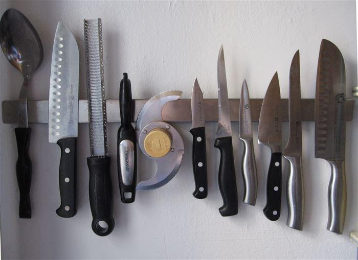 ножи на магните. лайфхаки для кухни