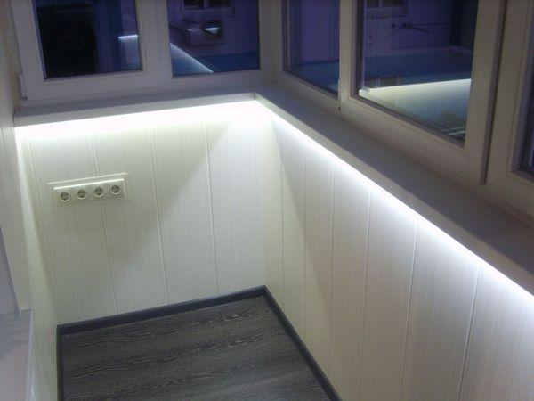 подсветка стен на балконе.jpg