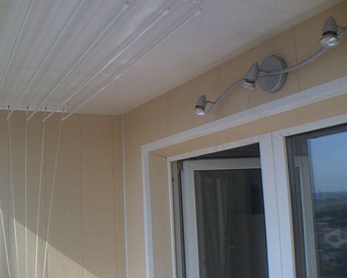 светильник на балконе.jpg
