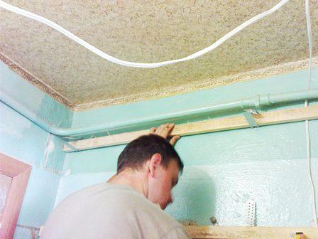 крепление каркаса на стену