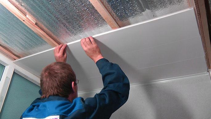 пвх панели на потолок