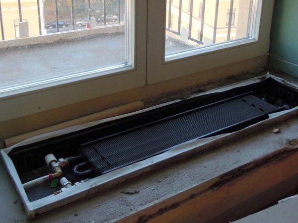 радиатор на балконе изнутри.jpg