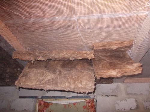 Утепление потолка минеральной ватой изнутри