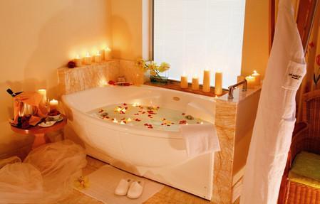 свечи в ванной комнате.jpg