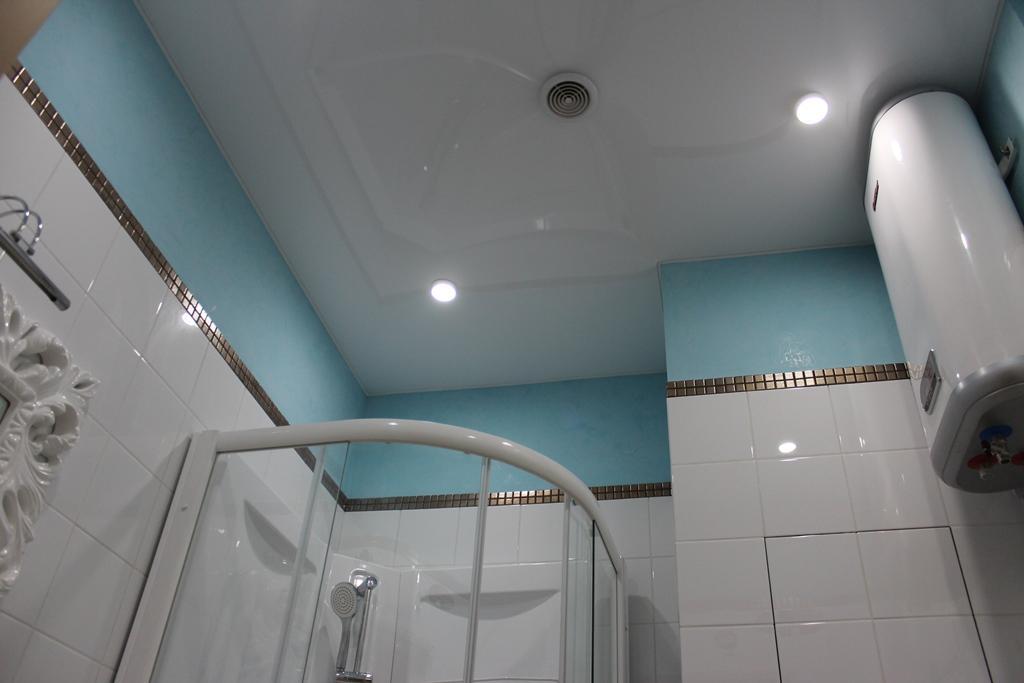 потолок в ванной в хрущёвке 2