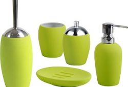 Зеленые аксессуары